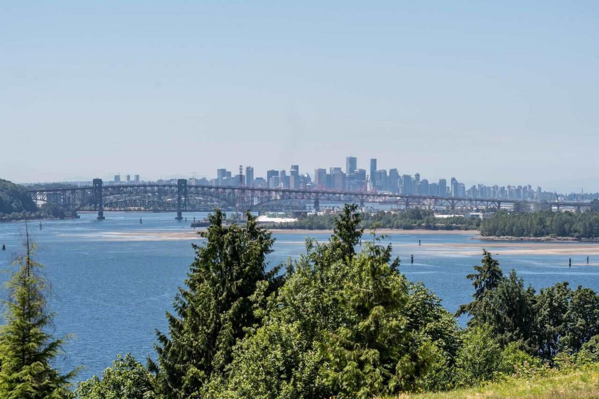 209 - 3629 Deercrest Drive, Roche Point, North Vancouver